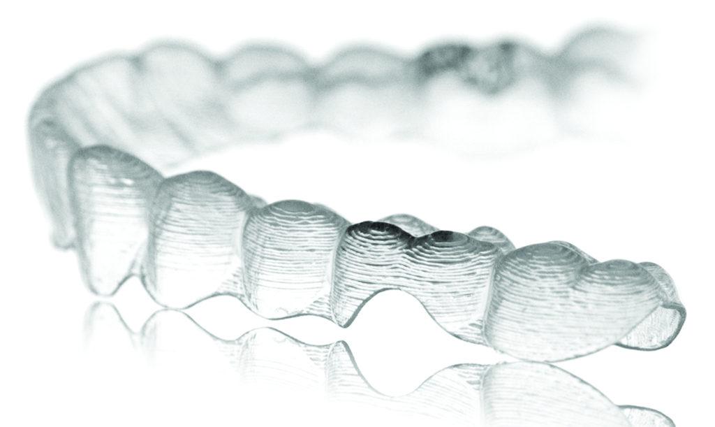 inviziline-kappi-dlya-zubov