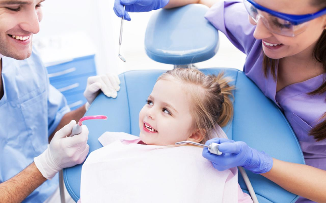 pervoe-poseshenie-detskogo-stomatologa